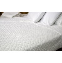 Quilted Impressions Double Diamond© Coverlet