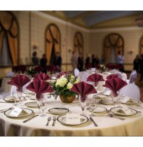 Signature Plus Round Table Linens