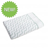 Jacquard Pool Towel With White And Green Wave Pattern