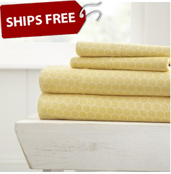 Honeycomb Patterned 4-Piece Sheet Set